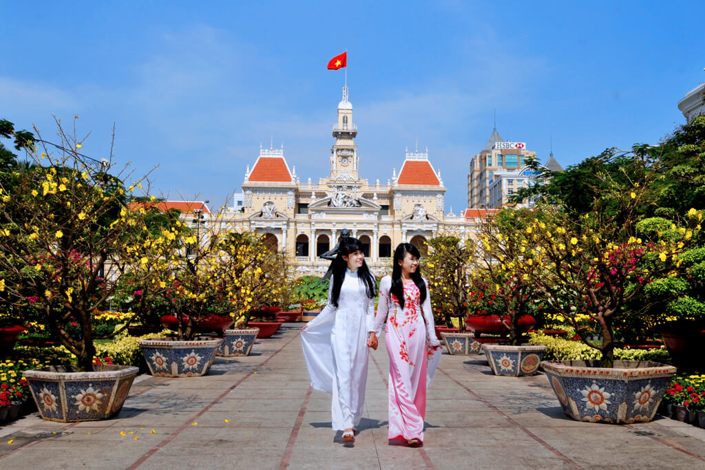 Top 10 Hopon-Hopoff tours in Ho chi minh city