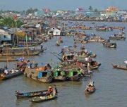 Cai_Rang_Floating_market_1